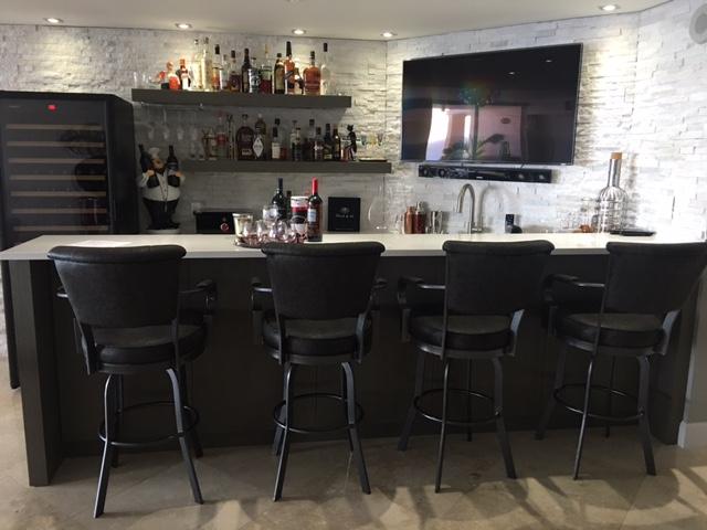 Lisa Furniture 2046 Custom Swivel Metal Bar Stool With